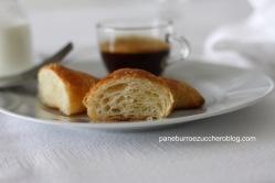 Croissant 23